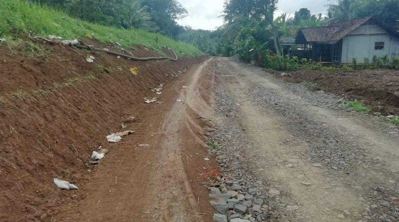 Warga Akan Protes ke Dinas, Saluran Drainase Sudah Digali, Tapi Ditutup Lagi